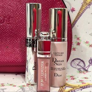 HOSTPICK💜💄💜 DIOR  gift bag/cosmetics